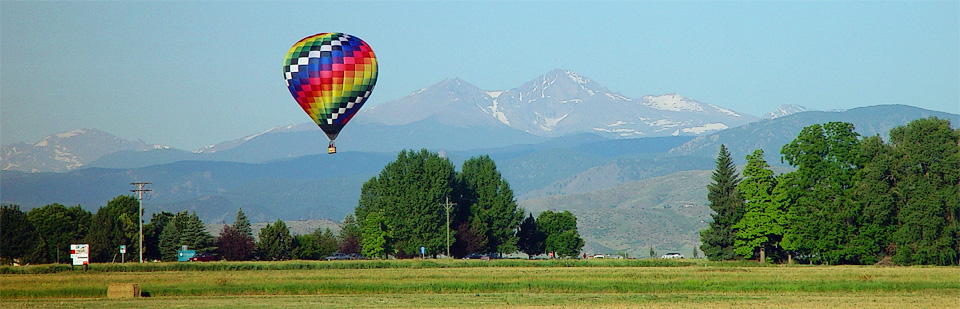 Hot air balloon over southeast Fort Collins